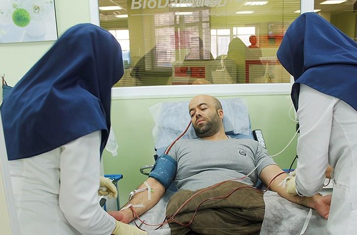 چشم امید بیماران به اهداکنندگان پلاسما/خلا در اهدای خون و پلاسما بر حال بیماران تاثیرگذار است