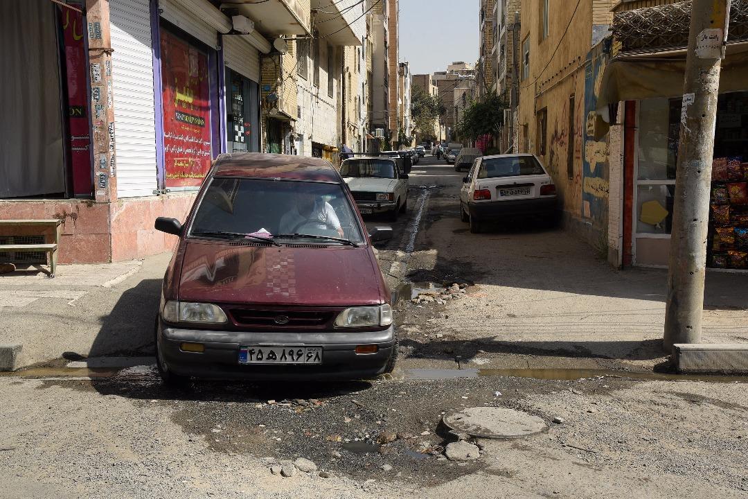 حیدرآباد در غفلت گذشتگان می سوزد/آسفالت و مرمت خیابان ها بر اساس اولویت انجام می شود/معضل پارکینگ در ساخت وسازهای گذشته حیدرآباد ریشه دارد